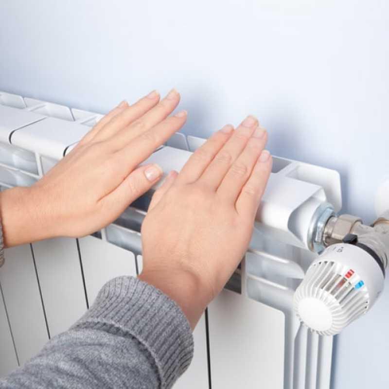 Простой способ проверить полный нагрев всех секций радиатора отопления