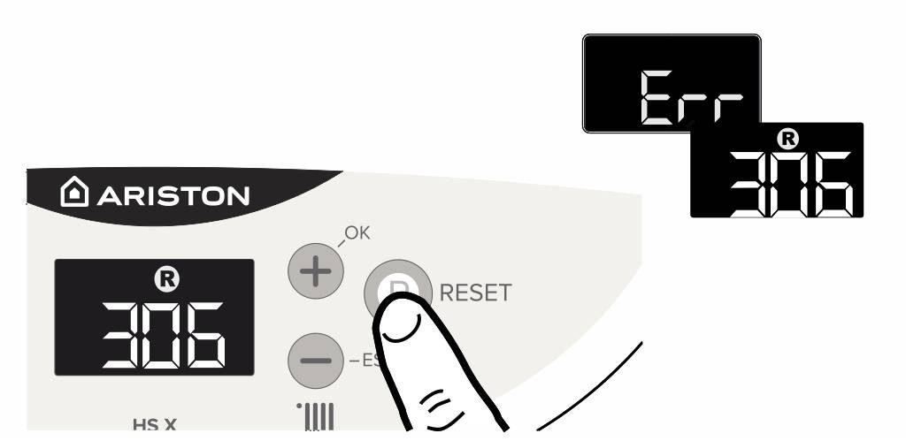 Нажмите кнопку сброса для устранения ошибки 306 на панели управления котлом Аристон