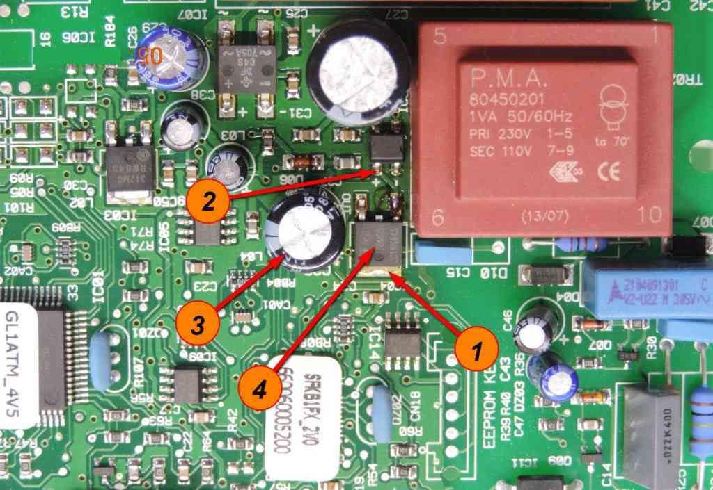Плата управления котлом Ariston указаны транзисторы